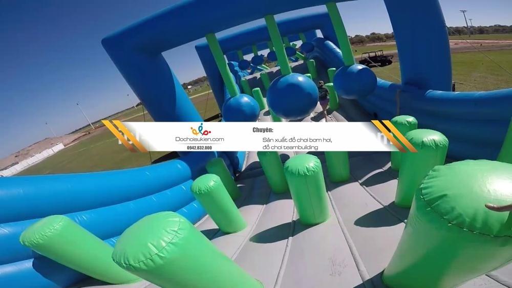 sân đấu game vượt chướng ngại vật bằng bạt PVC